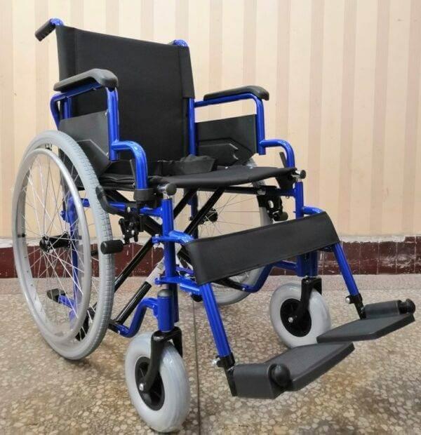 scaun cu rotile dispozitive de mers